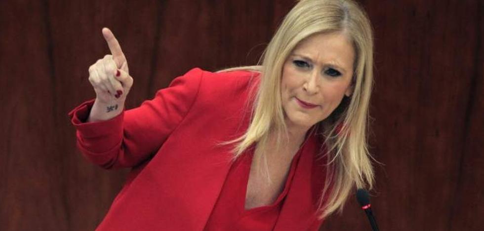 La jueza investiga a una de las profesoras que firmaron el acta manipulada de Cifuentes