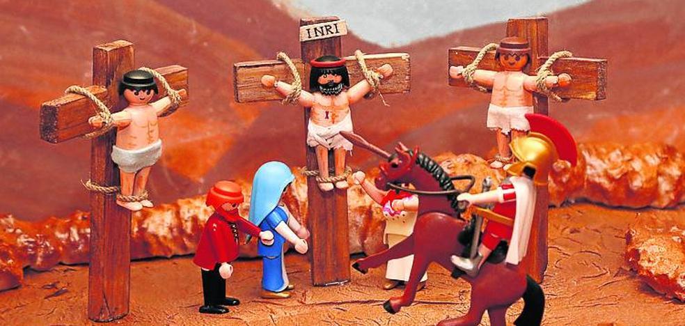 Palencia enseña la Biblia a través de los 'Playmobil'