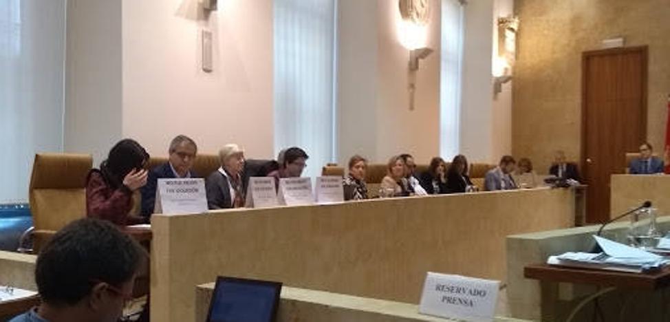 Los concejales tendrán que acreditar los títulos que declaran en el currículum