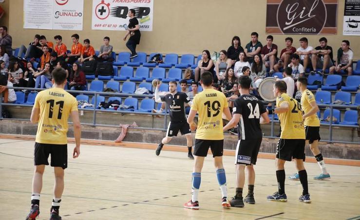 Partido entre el BM Salamanca y el BM Soria
