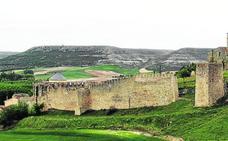 El castillo y el Hospital de La Magdalena de Fuentidueña, en la lista de patrimonio amenazado