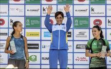 La salmantina Verónica Sánchez acaba tercera en el maratón de Vitoria