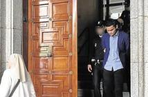 Condenado a 15 años por matar a su padre de dos cuchilladas en el cuello en Salamanca