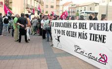 Los defensores de la escuela pública exigen la derogación de la Lomce y el fin de los recortes