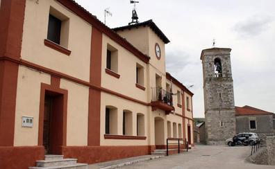 Un matrimonio devuelve un bolso con 745 euros en Sacramenia