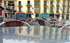 El Ayuntamiento recibe seis propuestas para la modificación de la ordenanza de terrazas