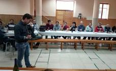 Sesenta vecinos de Cabezuela disfrutan de los vinos de Segovia