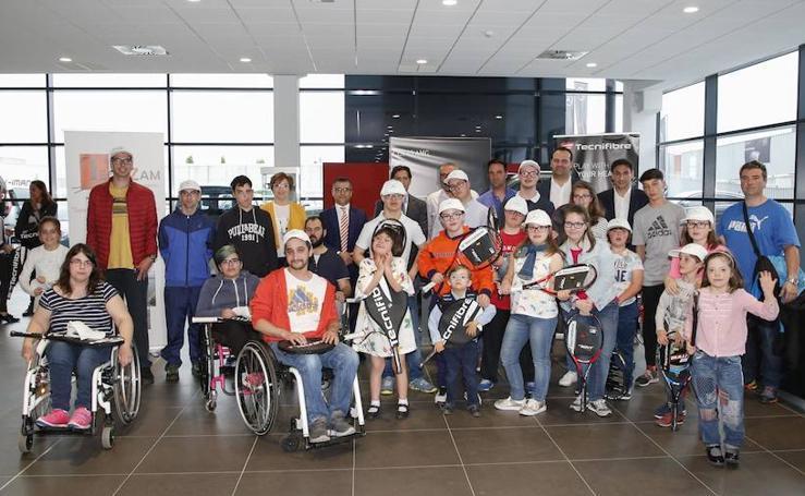 El Ayuntamiento de Santa Marta de Tormes entrega sus raquetas soliarias
