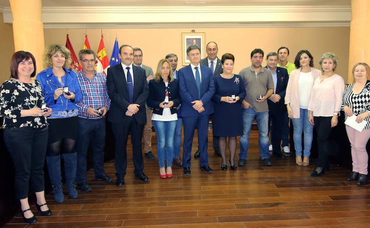 Entrega de distinciones a los funcionarios de la Diputación de Segovia