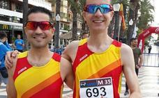 David Ruano y Ángel Gutiérrez, campeones de Europa de ruta de media maratón M-35 con España