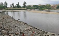 El PSOE recuerda que la pesquera del Tormes lleva ya dos meses rota