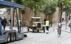 Los coches de época para el rodaje de Amenábar ya están en Salamanca