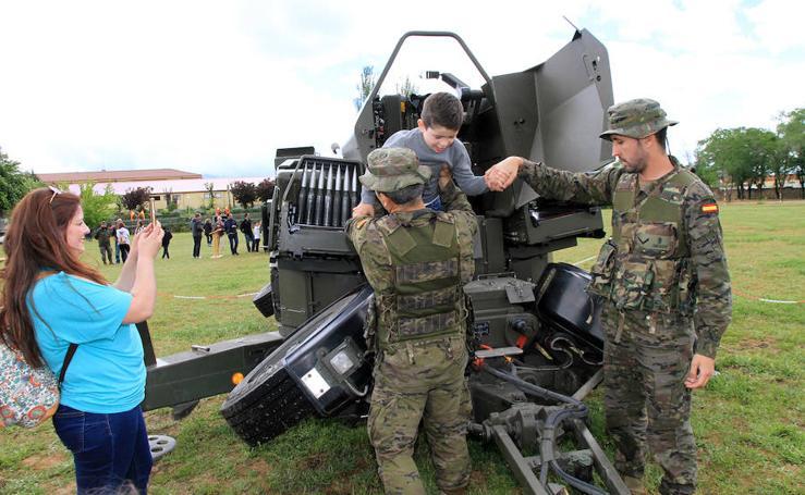 Día de las Fuerzas Armadas en Baterías