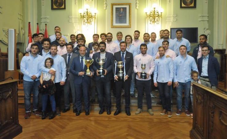 Homenaje a VRAC y CPLV por sus títulos de Liga