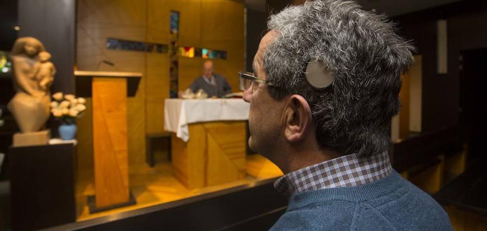 El Corazón de Jesús, primera iglesia de Valladolid en adaptarse a personas con problemas de audición