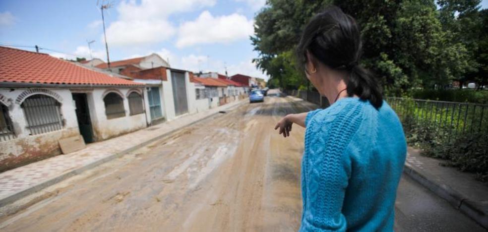 El barro obliga a cortar una carretera y a actuar en otras siete de la provincia de Valladolid