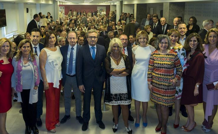 José Luis Almudí toma posesión como nuevo presidente del Colegio de Médicos de Valladolid