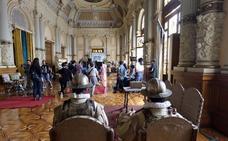 El Ayuntamiento de Valladolid alberga el rodaje de la miniserie japonesa 'Magi', para Amazon Prime