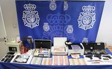Los detenidos en Valladolid por falsificación de monedas se exponen a penas que suman 87 años