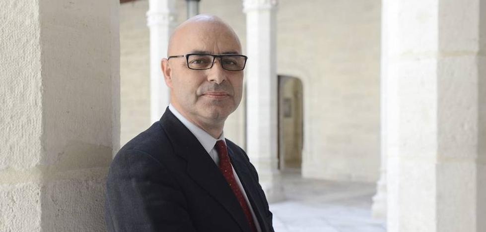 El catedrático de Física Teórica Luis Miguel Nieto, premio Consejo Social de la UVA 2018