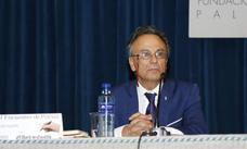 José Pulido recita en Palencia su poesía simbólica