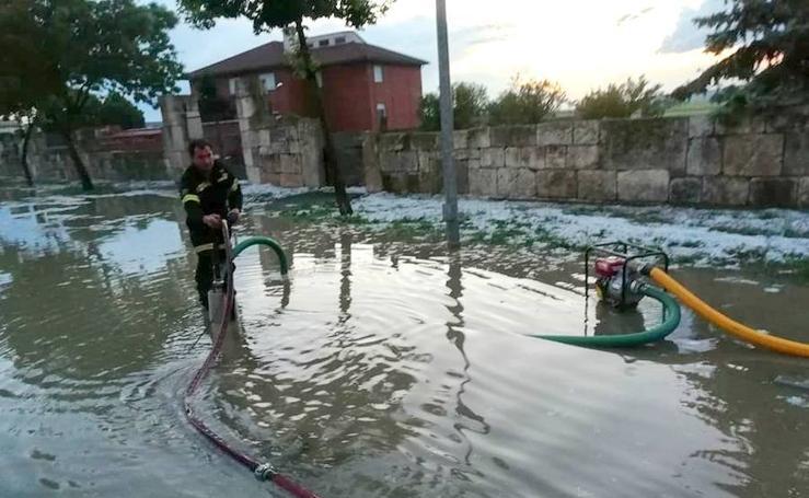 Una tormenta de granizo causa importantes daños en Baltanás
