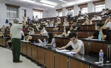 Casi 10.000 estudiantes afrontan desde este martes la EBAU en Castilla y León