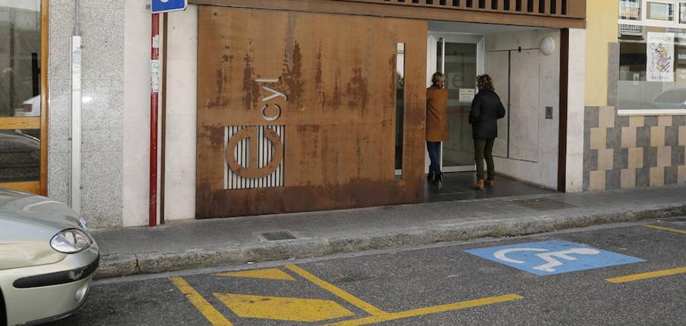 El paro cae en Palencia en 1.203 personas en el último año
