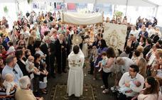 Los pueblos del alfoz se visten con tomillo para recibir al Santísimo