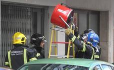 Once bombonas en un local de Gaspar Arroyo provocan una «importante» acumulación de gas