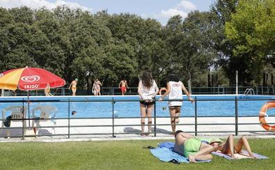 Las piscinas de verano de El Sotillo y El Monte abrirán sus puertas el viernes 15 de junio
