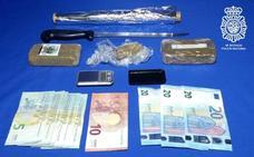 Detenida una pareja por vender droga en su domicilio de Pizarrales
