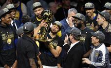 Los Warriors barren a los Cavaliers y revalidan el título de campeones de la NBA