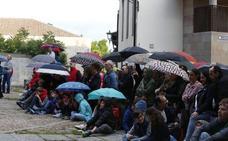 La lluvia vuelve a amenzar los actos por San Juan de Sahagún