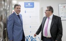 Fernández Carriedo ofrece «mano tendida» al nuevo Gobierno para «colaborar» en prevención de riesgos y creación de empleo