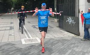 Lisandro Caravaca recorre 129 kilómetros en quince horas para la lucha contra el cáncer