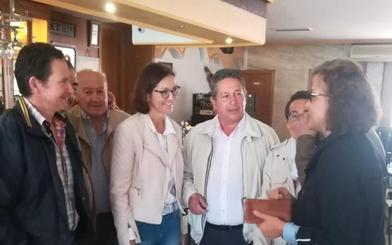 Reyes Maroto vuelve a Ataquines ya como ministra