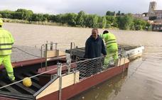 Instalada en Zamora una barca de paso entre Olivares y Los Pelambres