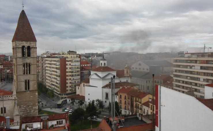 Alarma por un incendio en la cocina del restaurante Colombo de Valladolid