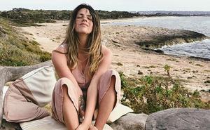 Laura Matamoros, en bikini, mes y medio después de dar a luz