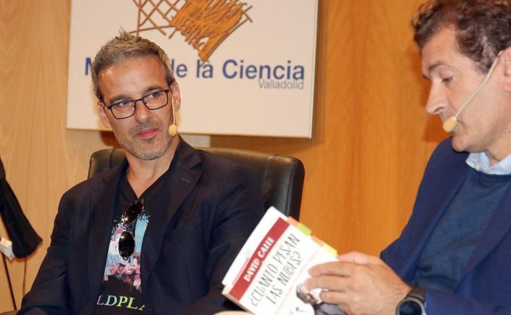 El profesor David Calle, en el Aula de Cultura de El Norte de Castilla
