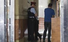 Detenida la madre del bebé hallado muerto en un patio de luces en Barcelona