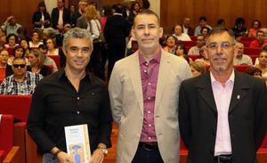 Manuel Povedano conquista el Premio Café Compás con un relato sobre la guerra siria