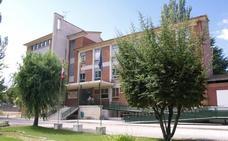 Reunión en la Consejería de Educación con el AMPA de IES de Peñafiel