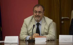 Fernando Rey espera a que 'aterrice' la ministra Educación para pedirle una selectividad única