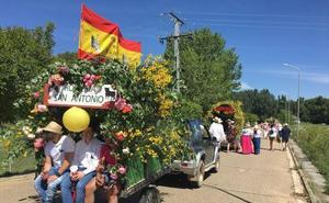 Mayorga celebra su romería para honrar a San Antonio