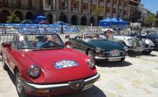 Encuentro de coches cásicos en Aguilar
