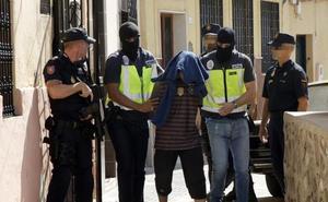 La Audiencia no ve terrorismo en el acoso a agentes durante una operación yihadista