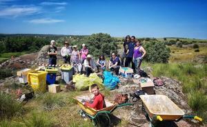 El municipio se suma al proyecto Libera y recoge 100 kilos de basura