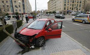 Los conductores se enfrentan cada día a siete accidentes graves de turismos